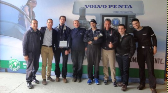 MOTONAUTICA CUNEO VINCE LA DEALER COMPETITION VOLVO PENTA 2013